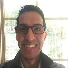 Adel felhasználói profilja