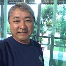 Mario Kimura — суперхозяин.