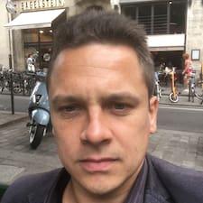 J-Philippe的用戶個人資料