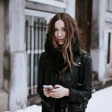 Gabrielle Profile ng User