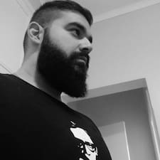 Ghaleb的用戶個人資料