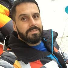โพรไฟล์ผู้ใช้ Josué
