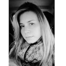 Stefania felhasználói profilja