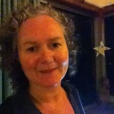 Profil Pengguna Yvette