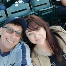 Profil Pengguna Karen And Jim