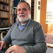 Giancarlo Superhost házigazda.