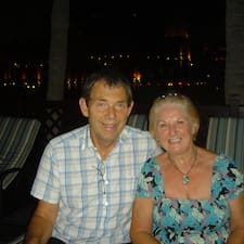 โพรไฟล์ผู้ใช้ Margaret &Amp; Peter