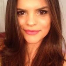Débora Letícia User Profile