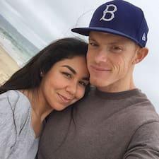 Profil korisnika Josh And Maria