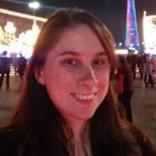 Profil korisnika Courtney Renèe