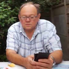 Profil Pengguna Jean Jacques