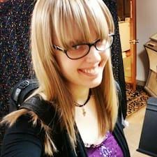 Profil Pengguna Katie