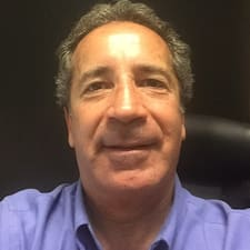 Lees meer over Carlos Eugenio