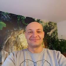 Profil Pengguna Christof