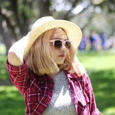 Kim Thuy User Profile