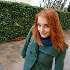 Profilo utente di Laura