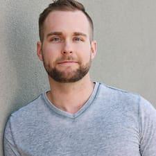 Keaton Brukerprofil