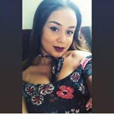 Valéria User Profile