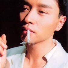 伟东 felhasználói profilja