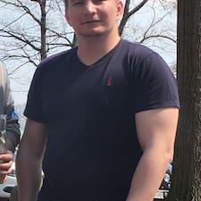 Tiberiu Brugerprofil