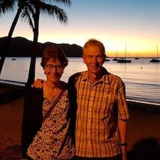 Profil Pengguna Malcolm And Elinor