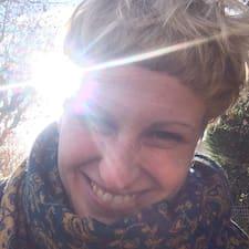Clara Maria User Profile