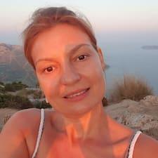 Silviya felhasználói profilja