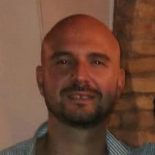 Profil Pengguna Domenico