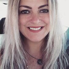 Profilo utente di Lucia Helena