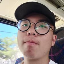 子奕 User Profile
