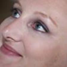 Yvette Brukerprofil