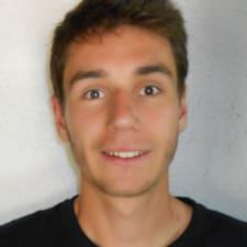 โพรไฟล์ผู้ใช้ Nicolas