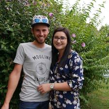 Emeline & Julien - Uživatelský profil