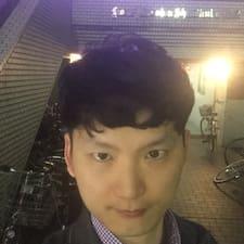 โพรไฟล์ผู้ใช้ Chan Woo