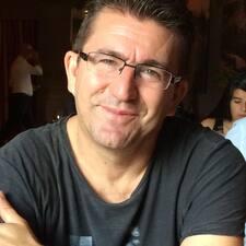 Bolivar felhasználói profilja