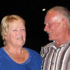 Rhonda & Lloyd User Profile