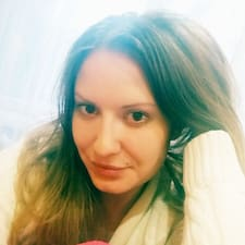 Alexandra的用戶個人資料