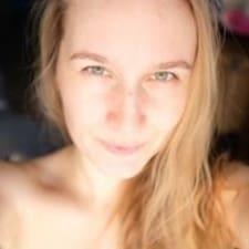 Lena Brugerprofil