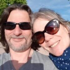 Profil Pengguna Christophe & Dianne