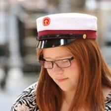 Profil Pengguna Marie Rebien
