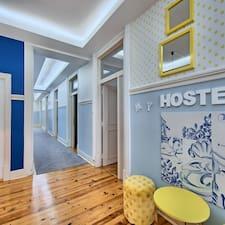 Hostel的用戶個人資料