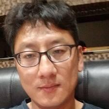 丁 felhasználói profilja