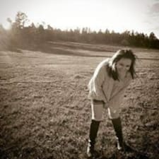 Tiffani-Rae felhasználói profilja