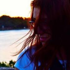 Profilo utente di Ana Beatriz