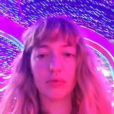 Amanda Lucia User Profile