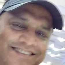 Dhananjay Singh Brugerprofil