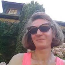 Valérie er SuperHost.