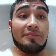โพรไฟล์ผู้ใช้ Omar Daniel