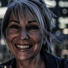 Profil Pengguna Yvonne