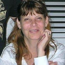 Julee User Profile